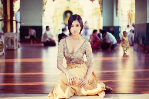 BAW by Mihaela Noroc - Yu Kyi, Myanmar